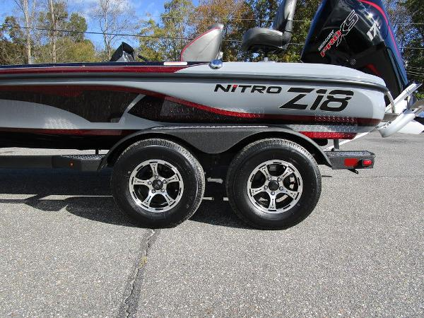 2021 Nitro boat for sale, model of the boat is Z18 Pro & Image # 11 of 46