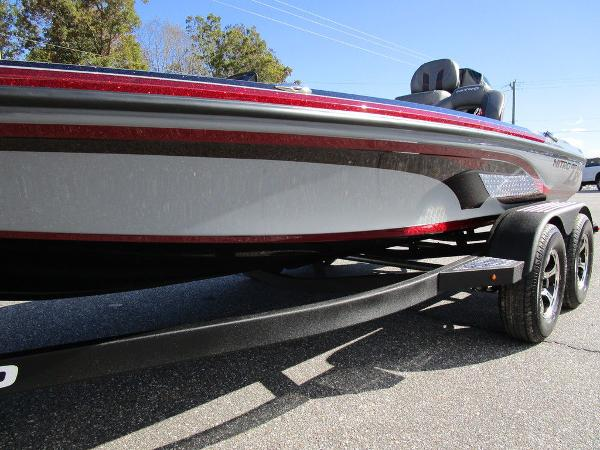 2021 Nitro boat for sale, model of the boat is Z18 Pro & Image # 12 of 46