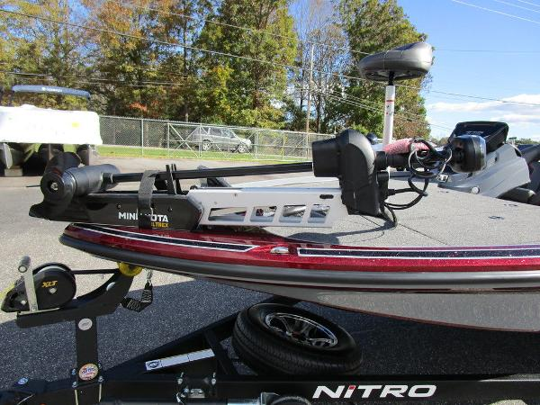 2021 Nitro boat for sale, model of the boat is Z18 Pro & Image # 14 of 46