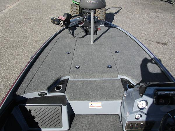 2021 Nitro boat for sale, model of the boat is Z18 Pro & Image # 27 of 46
