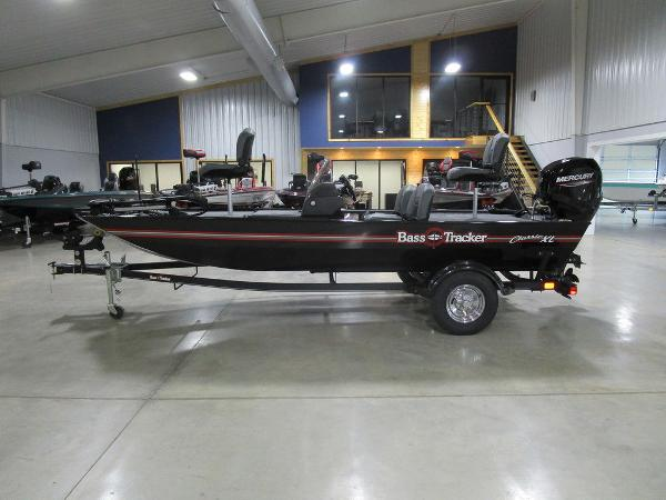 2021 Tracker Boats boat for sale, model of the boat is BASS TRACKER® Classic XL & Image # 1 of 35