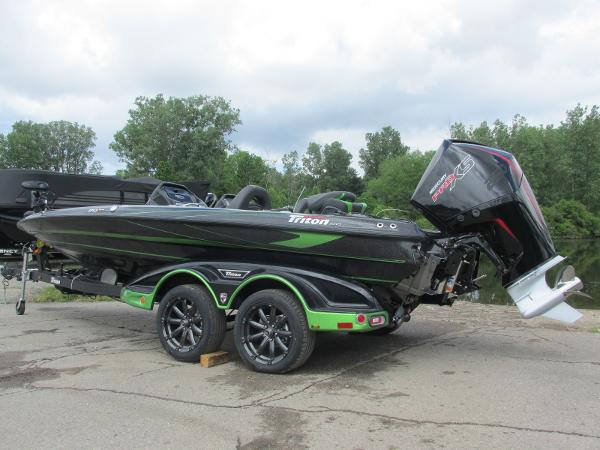 2021 Triton boat for sale, model of the boat is 20TRX & Image # 1 of 25