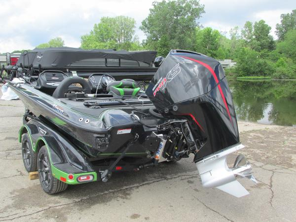 2021 Triton boat for sale, model of the boat is 20TRX & Image # 4 of 25