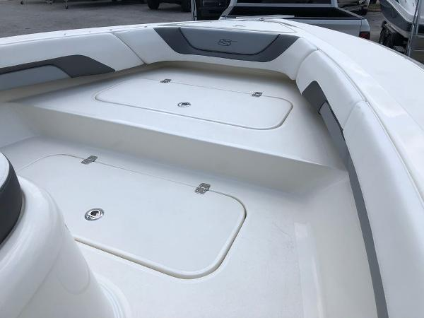 2021 ShearWater boat for sale, model of the boat is 270 Carolina Flare & Image # 4 of 8