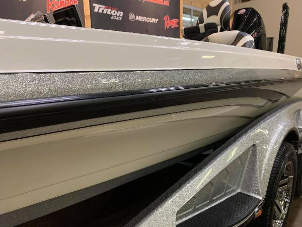 2020 Ranger Boats boat for sale, model of the boat is Z520L & Image # 4 of 11