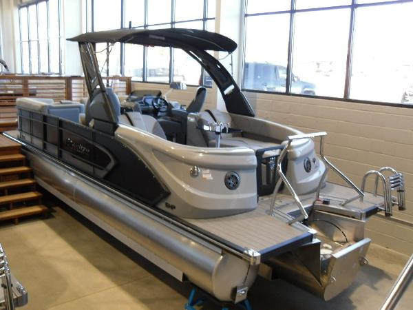 2021 Manitou boat for sale, model of the boat is RFX 25 LX SHP 575 & Image # 6 of 43