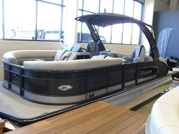 2021 Manitou boat for sale, model of the boat is RFX 25 LX SHP 575 & Image # 1 of 43