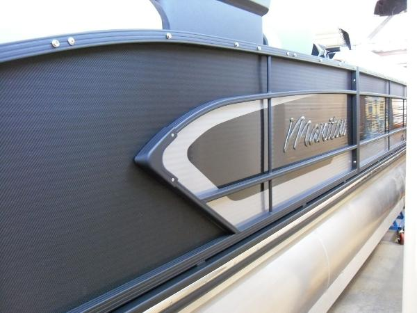 2021 Manitou boat for sale, model of the boat is RFX 25 LX SHP 575 & Image # 21 of 43