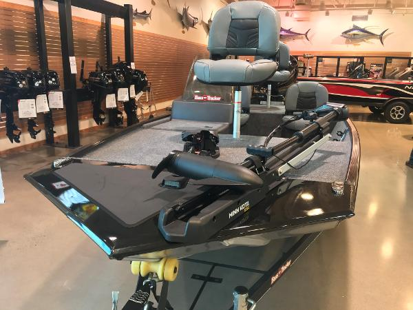 2021 Tracker Boats boat for sale, model of the boat is Bass Tracker Classic XL & Image # 10 of 30