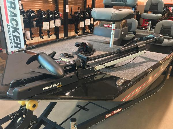 2021 Tracker Boats boat for sale, model of the boat is Bass Tracker Classic XL & Image # 11 of 30
