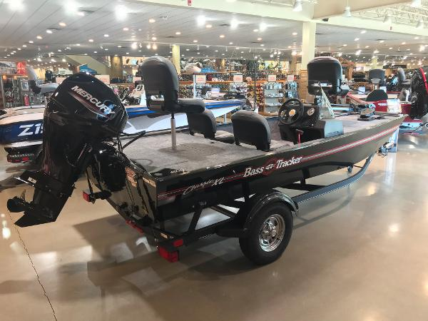 2021 Tracker Boats boat for sale, model of the boat is Bass Tracker Classic XL & Image # 20 of 30