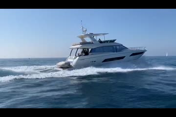 Prestige 680 YACHT video