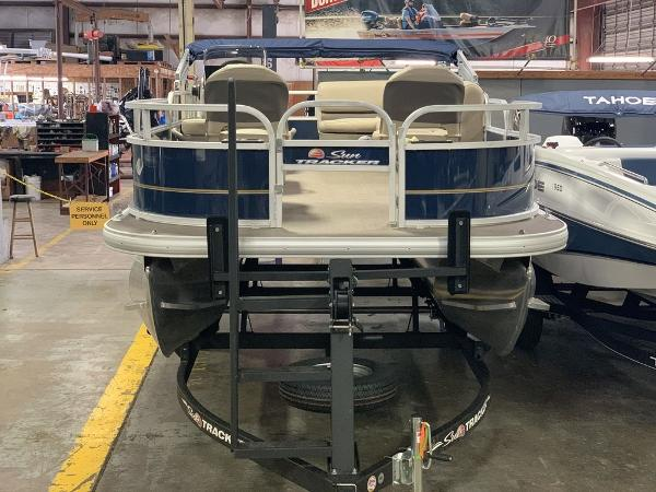 2021 Sun Tracker boat for sale, model of the boat is SBB16XLSB & Image # 6 of 11