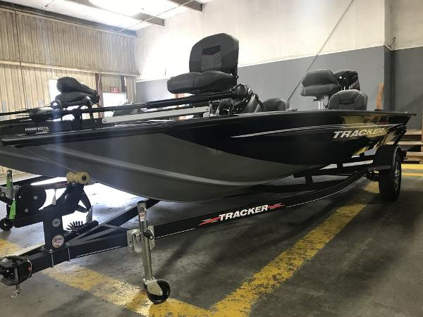 2021 Tracker Boats boat for sale, model of the boat is PT175TF & Image # 8 of 9