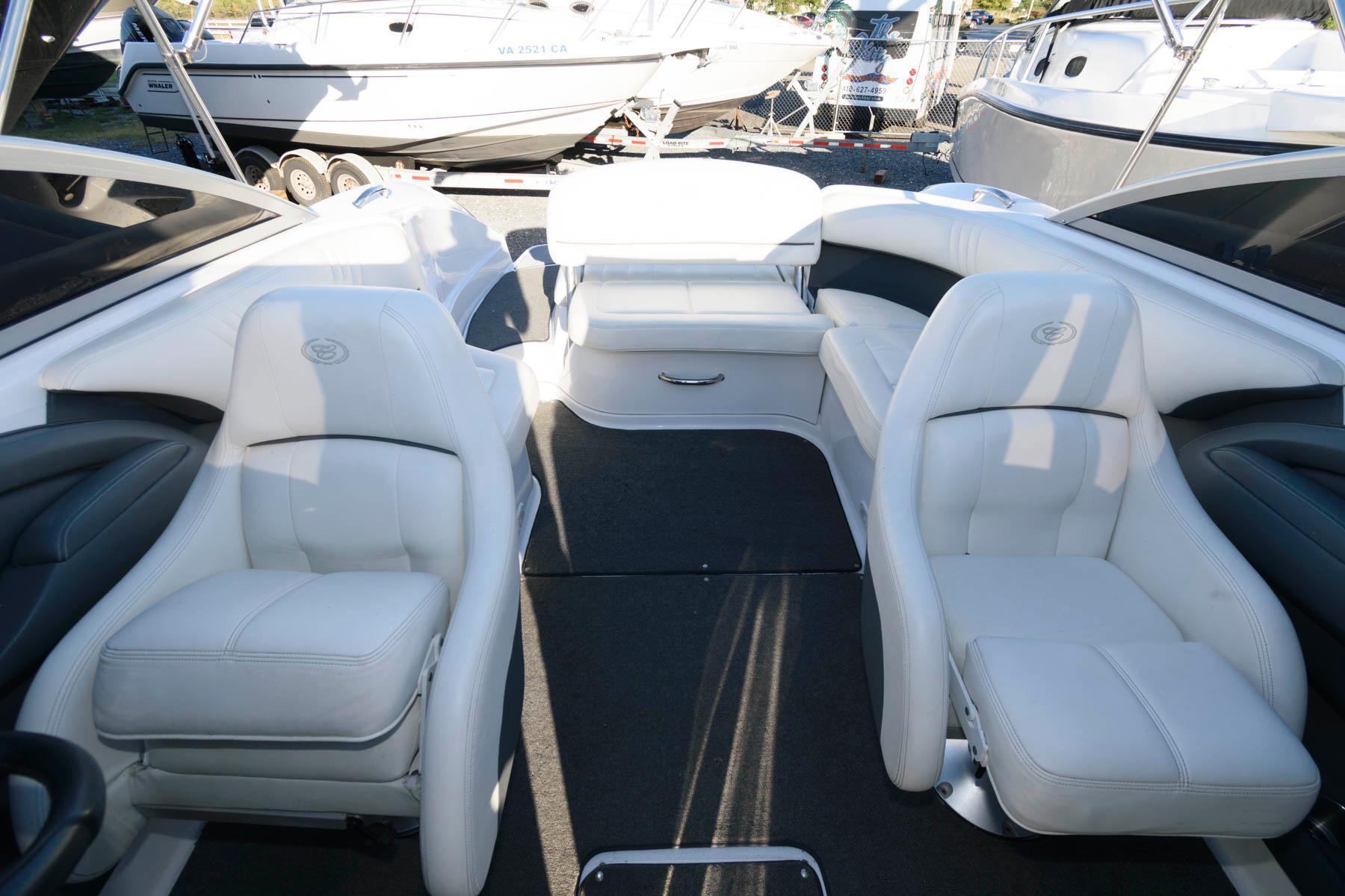M 6564 WT Knot 10 Yacht Sales