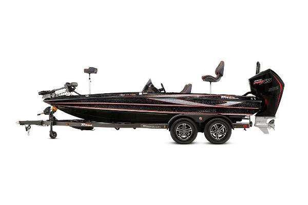2021 Triton boat for sale, model of the boat is 19 TRX Patriot & Image # 10 of 12