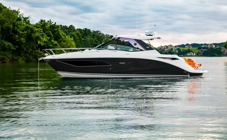 2021 Sea Ray Sundancer 320 #2454811 inventory image at Sun Country Coastal in Newport Beach