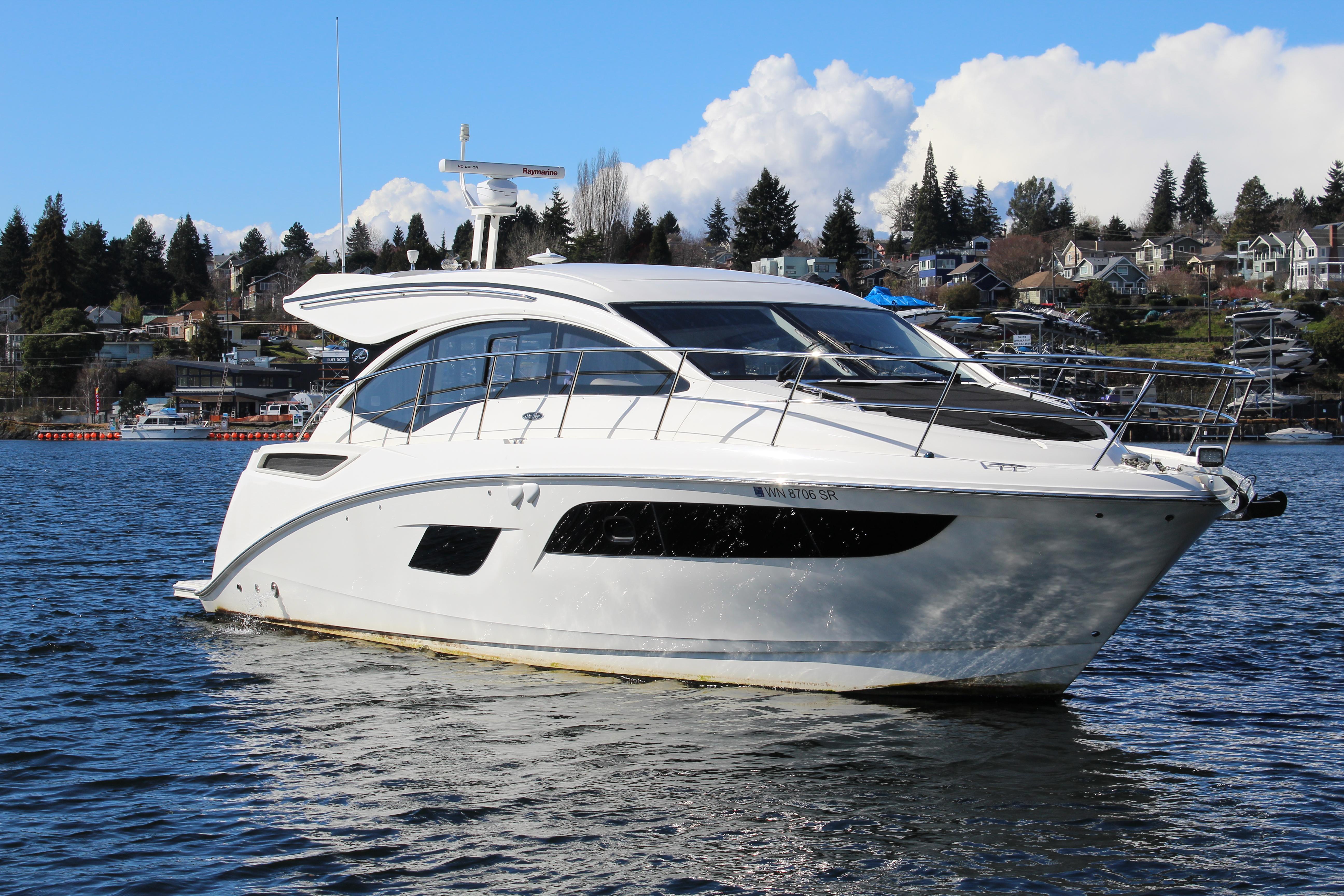 2019 Sea Ray Sundancer 400