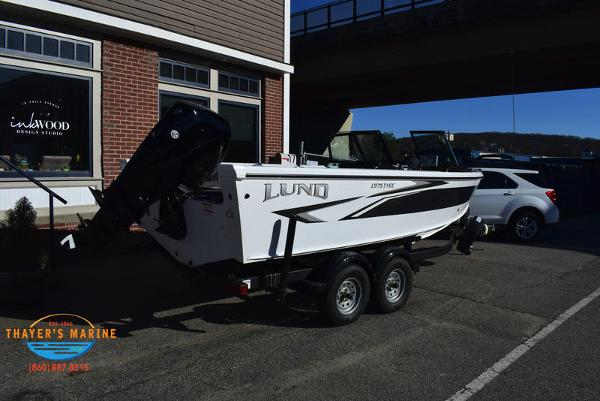 2021 Lund boat for sale, model of the boat is 1975 Tyee® Sport & Image # 4 of 24
