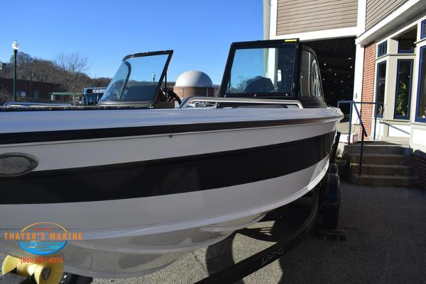 2021 Lund boat for sale, model of the boat is 1975 Tyee® Sport & Image # 8 of 24