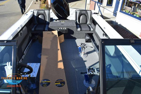 2021 Lund boat for sale, model of the boat is 1975 Tyee® Sport & Image # 21 of 24