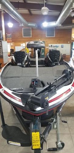 2017 Nitro boat for sale, model of the boat is Z20 & Image # 3 of 18