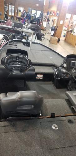2017 Nitro boat for sale, model of the boat is Z20 & Image # 10 of 18