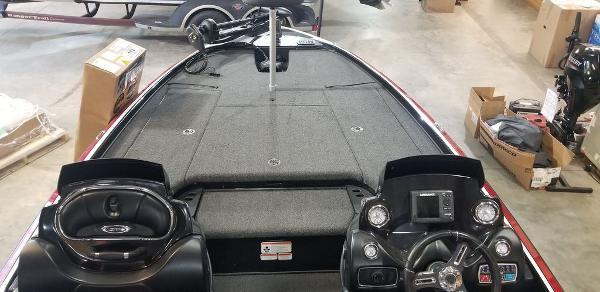 2017 Nitro boat for sale, model of the boat is Z20 & Image # 14 of 18