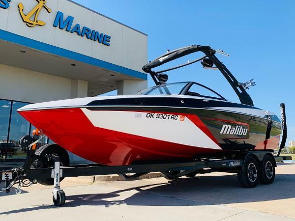 2019 Malibu boat for sale, model of the boat is Wakesetter 22 LSV & Image # 2 of 46