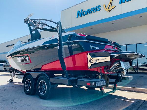 2019 Malibu boat for sale, model of the boat is Wakesetter 22 LSV & Image # 6 of 46