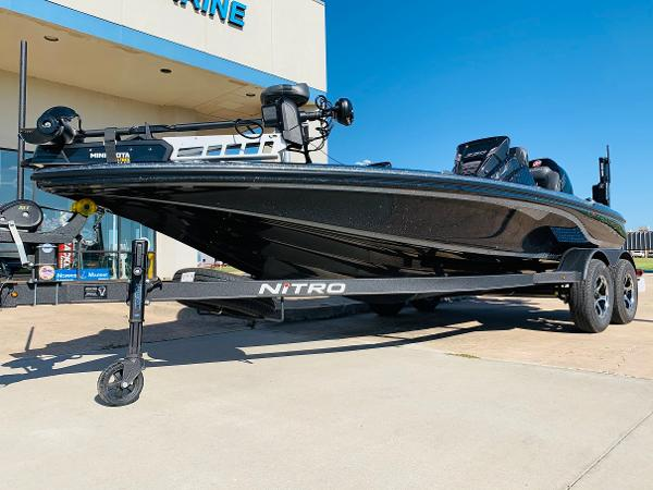 2021 Nitro boat for sale, model of the boat is Z20 Pro & Image # 2 of 45