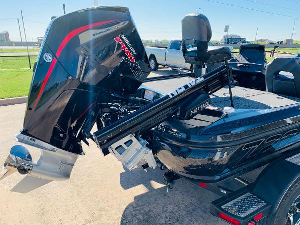 2021 Nitro boat for sale, model of the boat is Z20 Pro & Image # 6 of 45