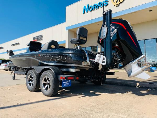 2021 Nitro boat for sale, model of the boat is Z20 Pro & Image # 8 of 45