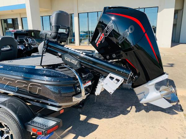 2021 Nitro boat for sale, model of the boat is Z20 Pro & Image # 9 of 45