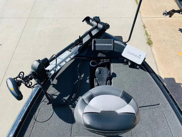 2021 Nitro boat for sale, model of the boat is Z20 Pro & Image # 13 of 45