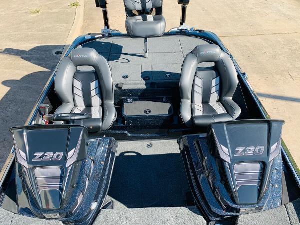 2021 Nitro boat for sale, model of the boat is Z20 Pro & Image # 22 of 45