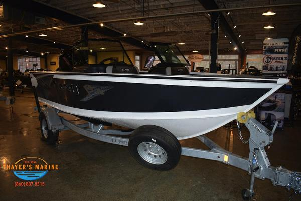 2021 Lund boat for sale, model of the boat is 1775 Crossover XS Sport & Image # 1 of 9