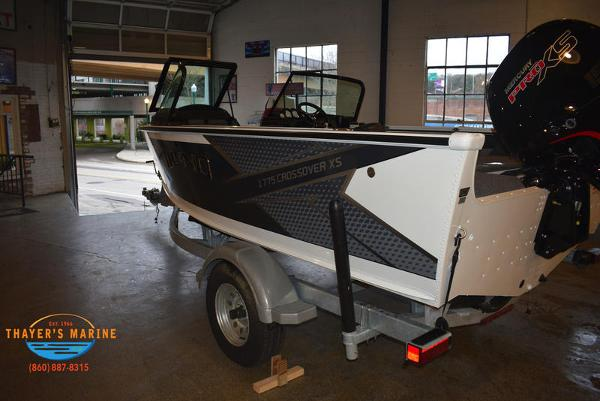 2021 Lund boat for sale, model of the boat is 1775 Crossover XS Sport & Image # 6 of 9