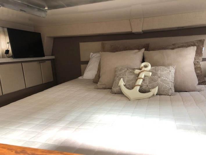 MA 6065 RF Knot 10 Yacht Sales