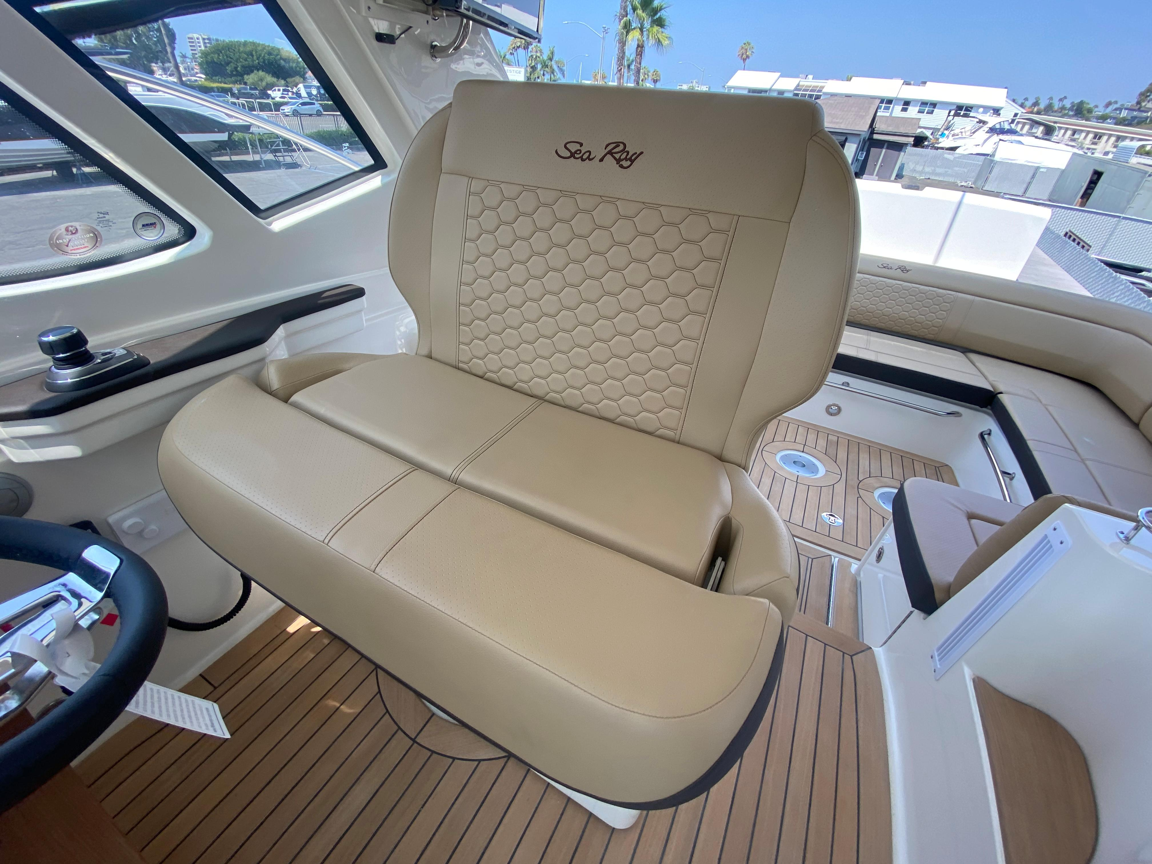 2021 Sea Ray Sundancer 350 Coupe #S1618C inventory image at Sun Country Coastal in Newport Beach