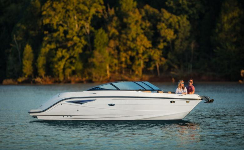 2022 Sea Ray SLX 250 #2454752 inventory image at Sun Country Coastal in Newport Beach