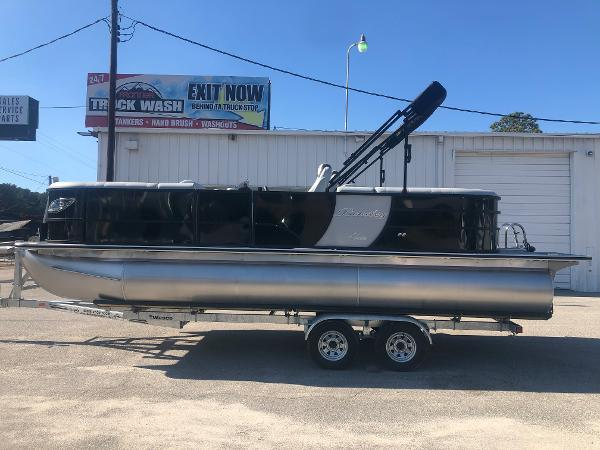 2021 Bentley boat for sale, model of the boat is Elite 223 Admiral (Full Tube) & Image # 7 of 35