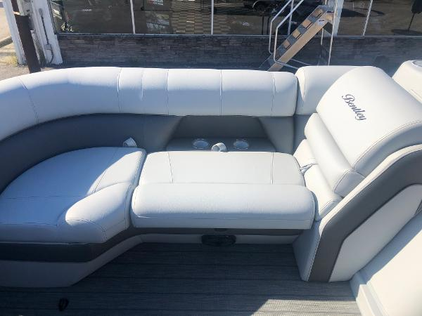 2021 Bentley boat for sale, model of the boat is Elite 223 Admiral (Full Tube) & Image # 11 of 35