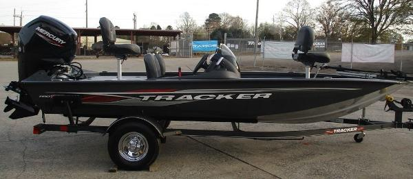 2021 Tracker Boats boat for sale, model of the boat is Pro Team 175 TF® & Image # 6 of 8