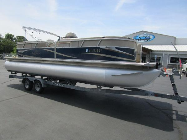 2012 SUNCHASER CLASSIC CRUISE 8524 LOUNGER for sale