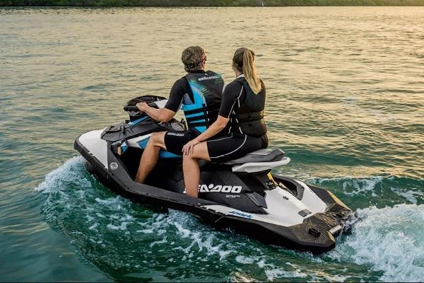 2019 Sea Doo PWC boat for sale, model of the boat is Spark 2up & Image # 3 of 5