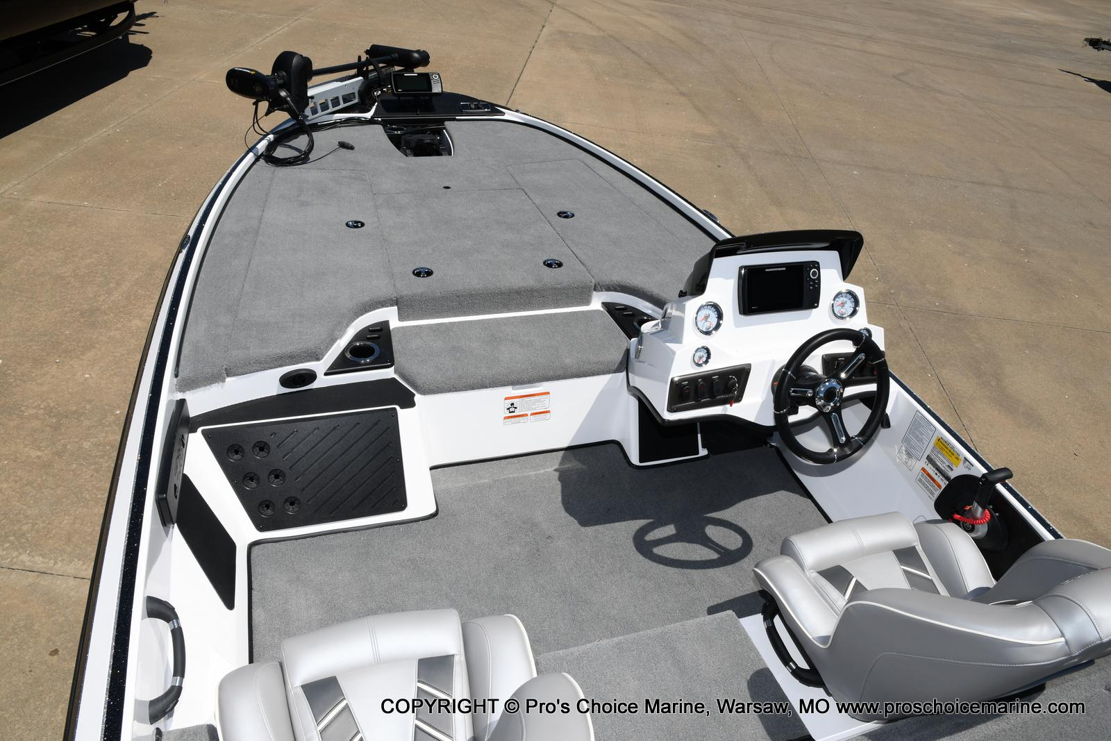2021 Nitro boat for sale, model of the boat is Z18 Pro Package & Image # 4 of 50