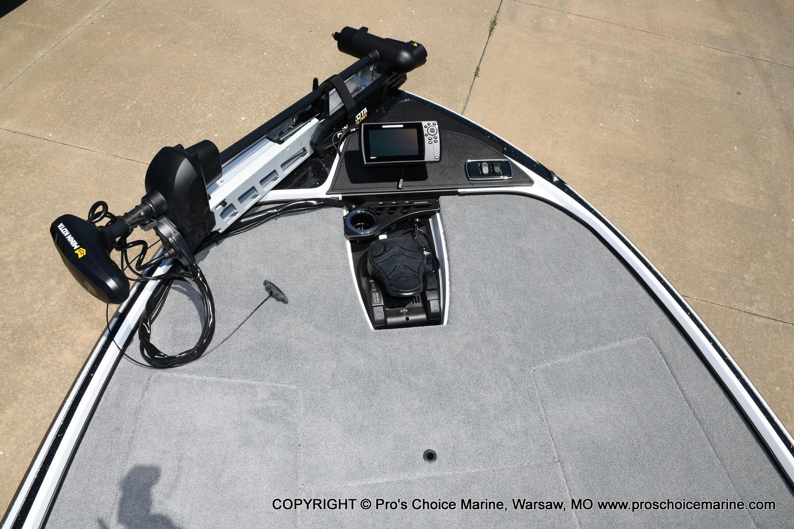 2021 Nitro boat for sale, model of the boat is Z18 Pro Package & Image # 7 of 50