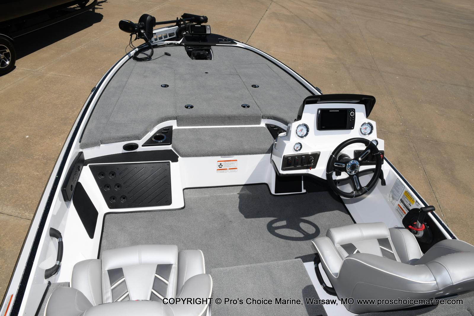 2021 Nitro boat for sale, model of the boat is Z18 Pro Package & Image # 33 of 50