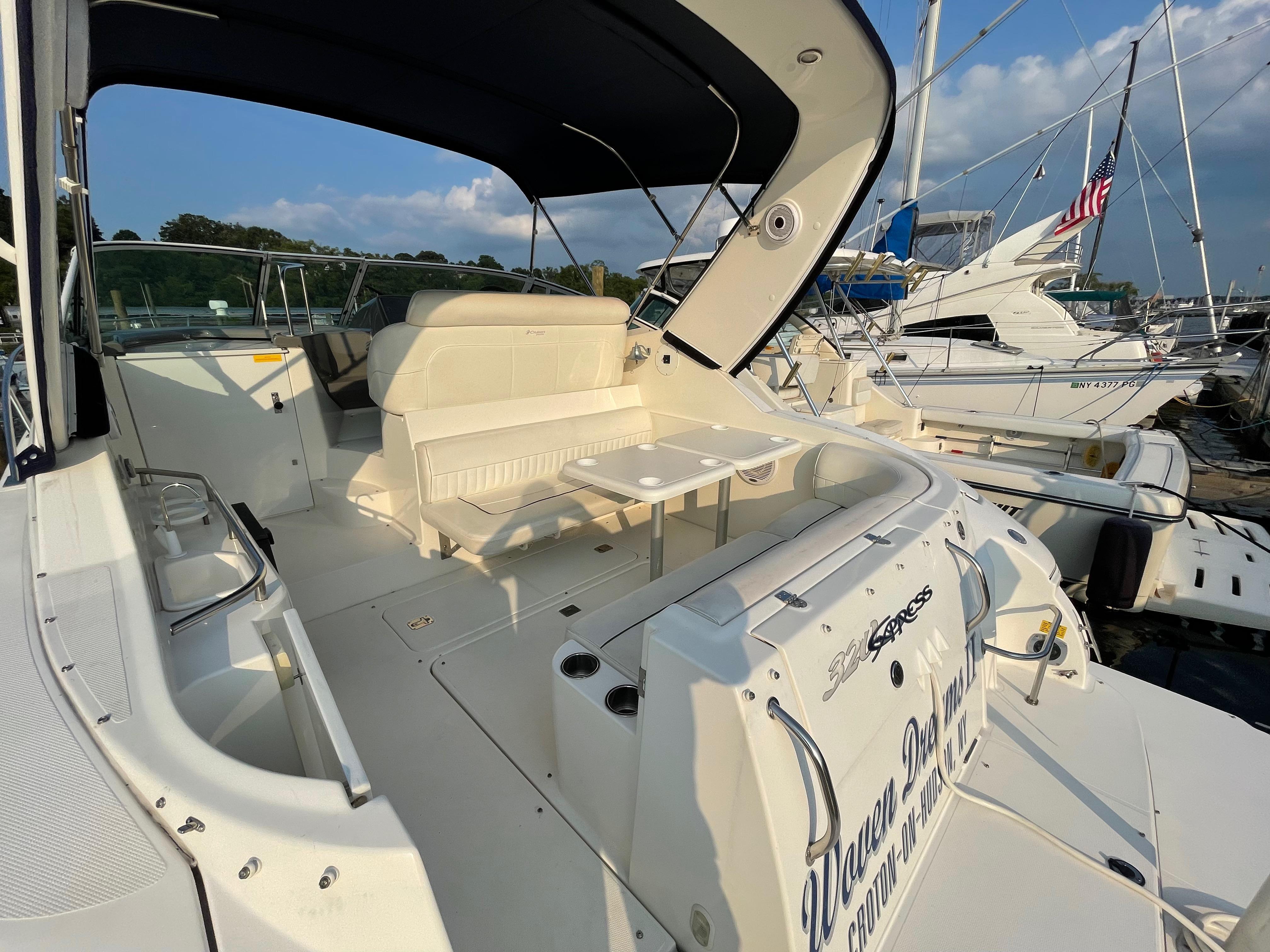 NY 6262 LK Knot 10 Yacht Sales